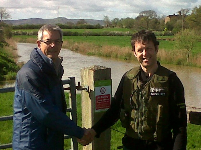 The VBS is an increasingly important partnership between the Angling Trust and EA – providing an opportunity for anglers to really help protect fish and fisheries, and support the Agency in this vital work. Colin Stirling (left) is the first VBS AC for South Downs, supporting the Agency's Mark Bennett (right) and his local team.