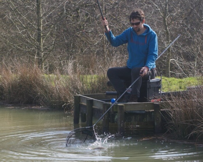 how to catch crucian carp fishing tips