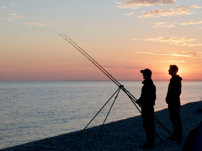 Sea fishing Chesil Beach Dorset